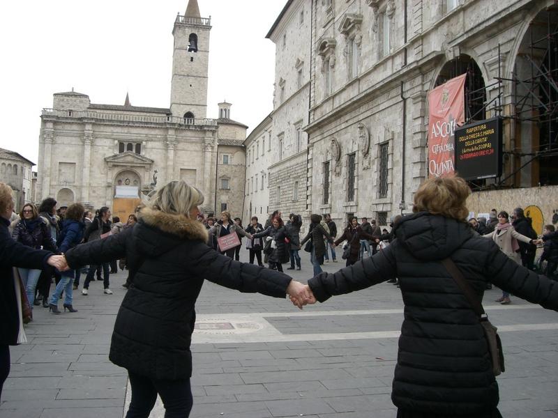 Girotondo in Piazza Arringo