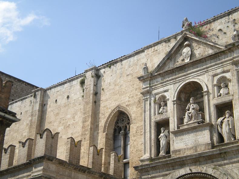 Dettaglio della chiesa di San Francesco di Ascoli