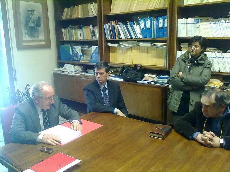 Il presidente dell'Ordine degli Avvocati di Ascoli, Francesco Marozzi (primo da sinistra) con alcuni avvocati del Consiglio dell'Ordine