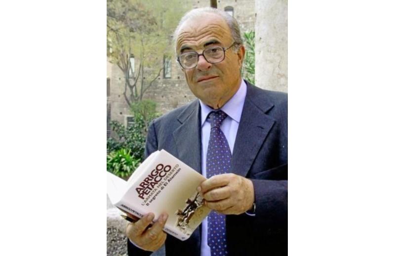 Arrigo Petacco (foto presa da google)