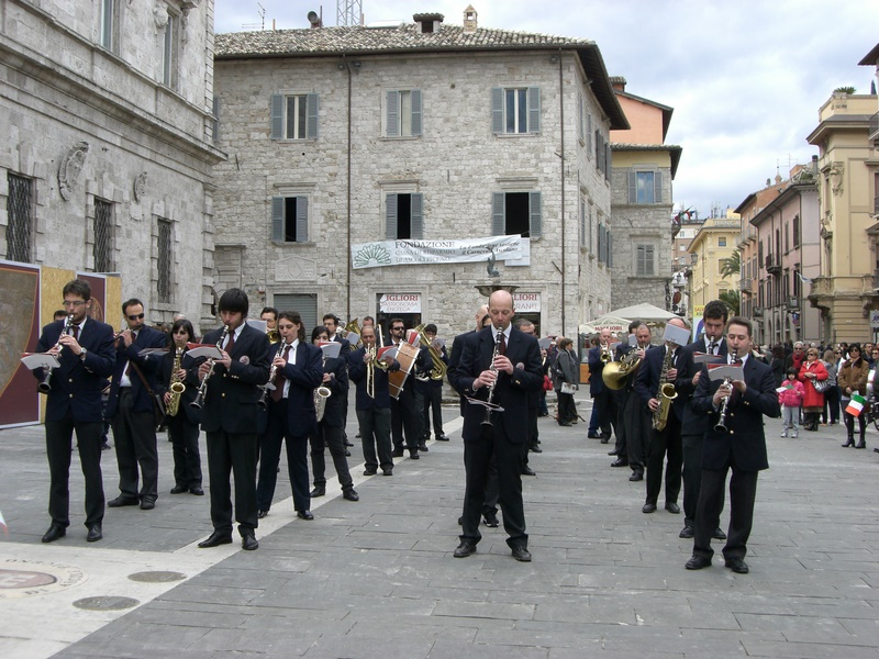 Banda in Piazza Arringo