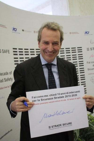 Il presidente della Commissione Trasporti della Camera  Mario Valducci