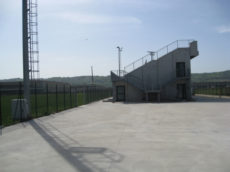 La tribuna del campo