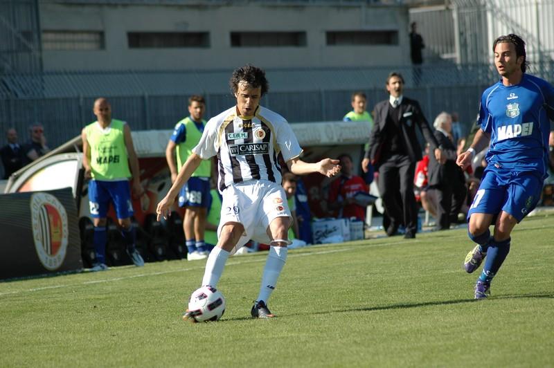 Juan Antonio al cross: positivo il suo esordio contro il Sassuolo (foto Giammusso)