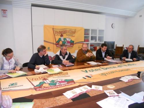 conferenza stampa ad Ascoli Piceno
