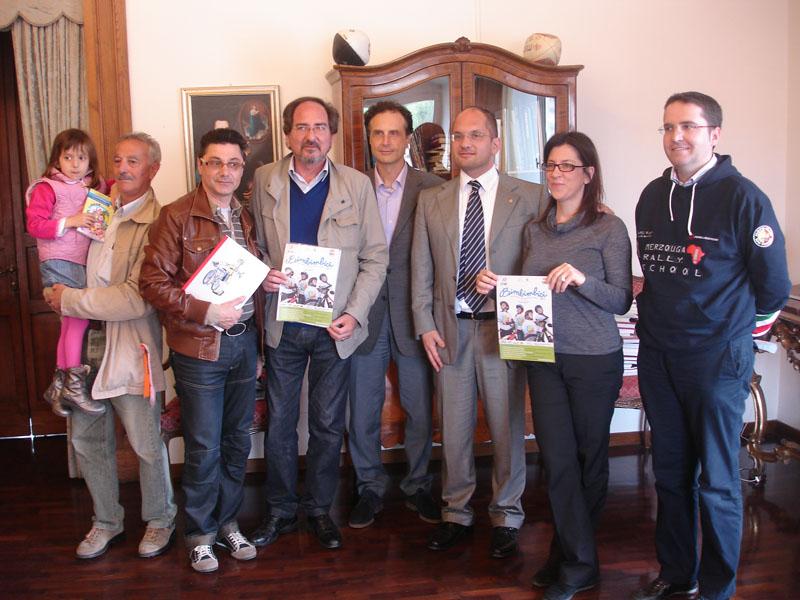 Giornata nazionale della bicicletta: gli organizzatori con il sindaco Castelli e l'assessore Brugni