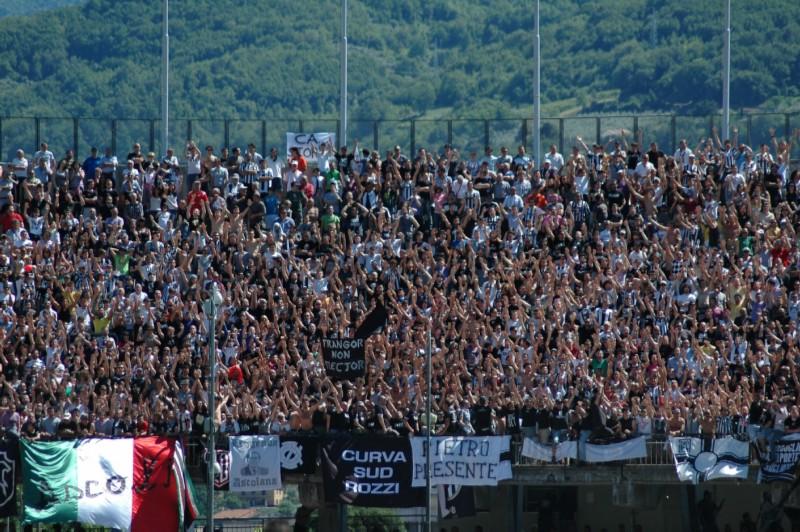 Battimani in Curva Rozzi (foto Giammusso)