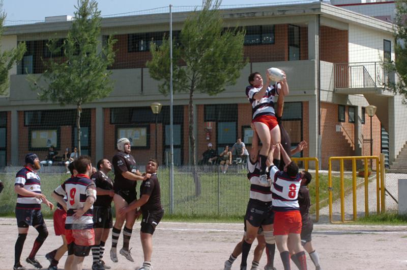 Amichevole fra Amatori Ascoli e una formazione mista Legio Picena-Samb Rugby (foto Troiani)