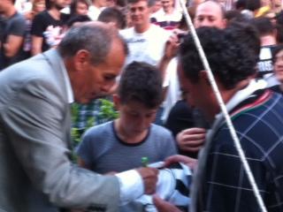 Castori, autografi alla festa salvezza
