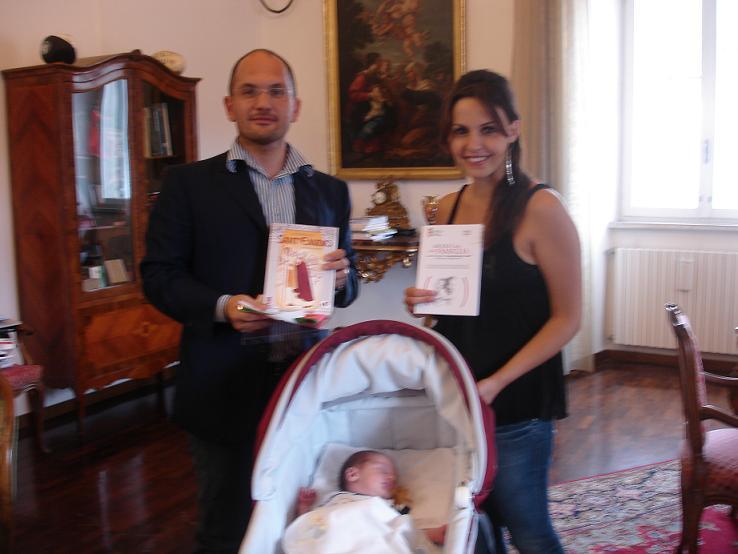 Castelli con il piccolo Francesco e la mamma Eleonora
