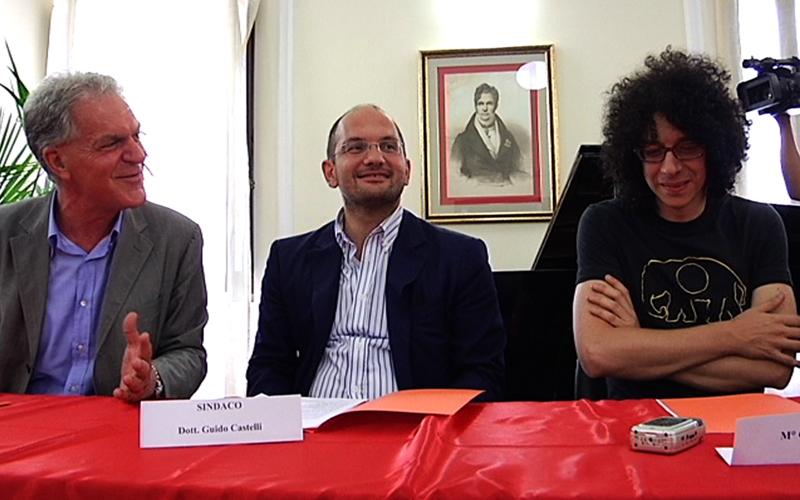 Celani e Castelli con Giovanni Allevi nella presentazione della tappa del suo tour ad Ascoli