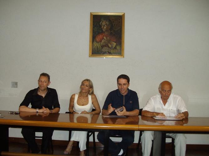L'assessore allo Sport e alla Gioventù Massimiliano Brugni con Barbara Morganti e Maurizio Sorci