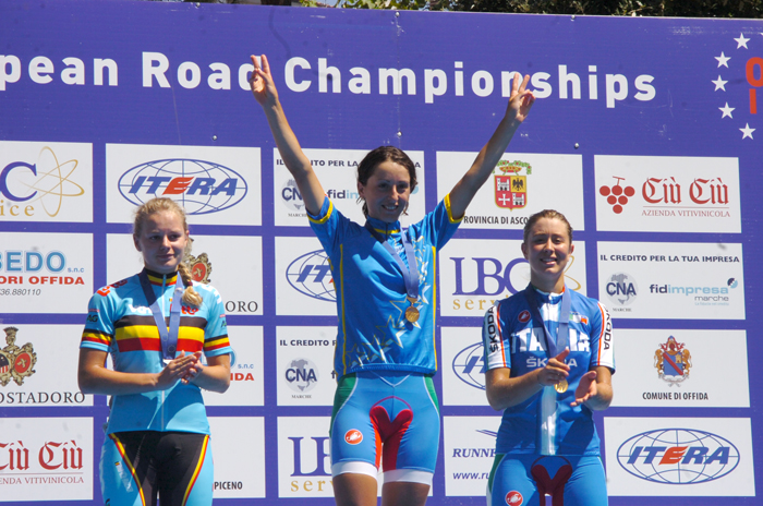 Offida2011: Rossella Ratto sul primo gradino del podio, domenica mattina (foto Troiani)