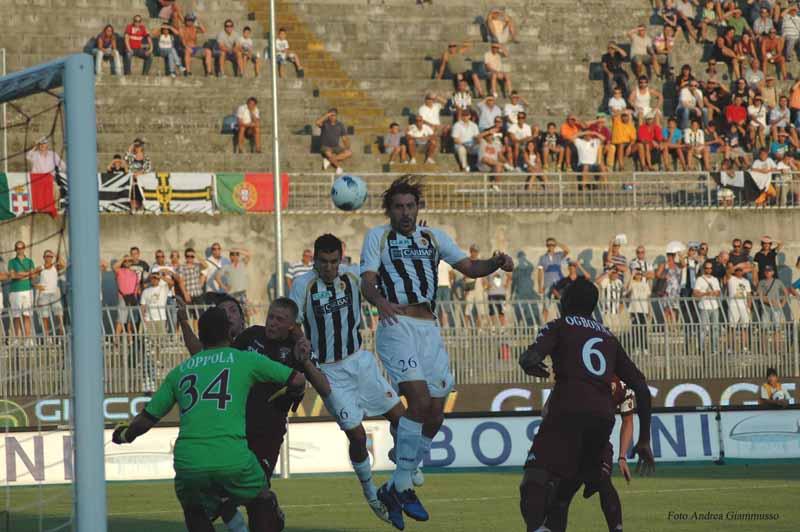 Il gol di Andelkovic in Ascoli-Torino (foto Andrea Giammusso)