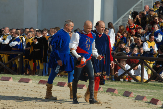 Quintana agosto 2011 (foto Troiani): il cavaliere di Porta Romana