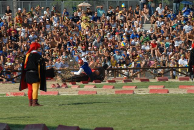 Quintana agosto 2011 (foto Troiani): cavaliere disarcionato  alla prima tornata