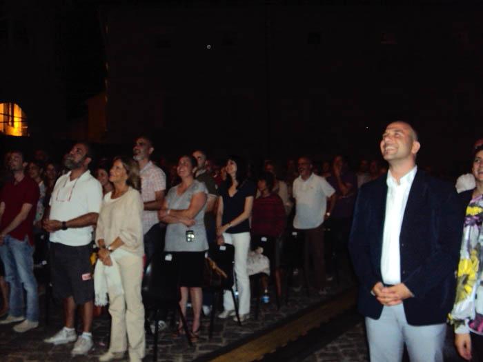 Crozza, tra il pubblico spunta Covatta (a sinistra)