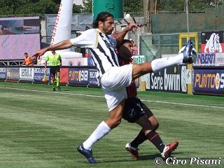 Maurizio Peccarisi, 35 anni. 68 presenze e un gol in bianconero