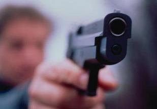 Commerciante di San Benedetto minacciato con la pistola