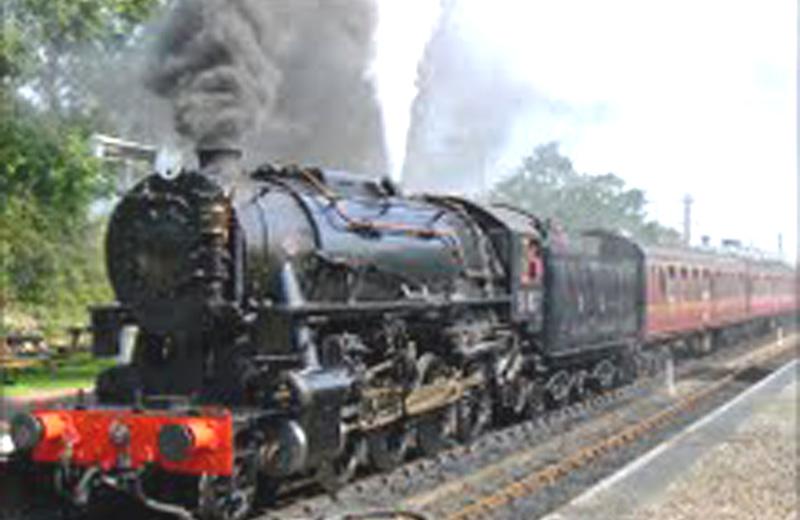 Da Ascoli per raggiungere Roma neanche un treno a vapore