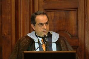 Il professor Francesco Adornato