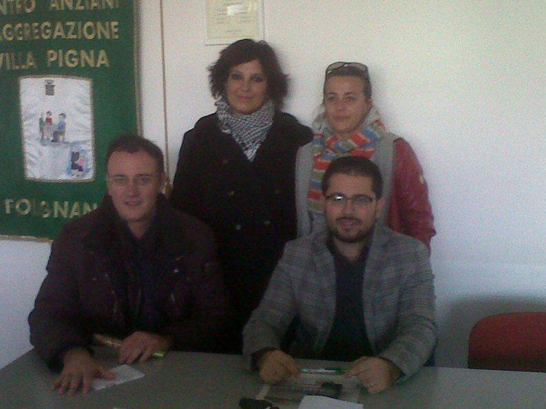 In piedi da sinistra Barbara Tomassini e Patrizia Agostini. In basso da sinistra Alberto Albanesi e MatteoTerrani, assessore alla cultura del Comune di Folignano