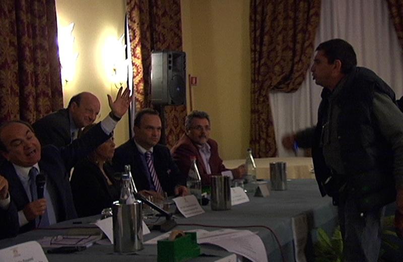 Scilipoti a Villa Picena, tensione con il blogger Giorgio Mancuso