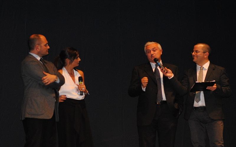 Pietro Mennea parla al Gran Galà dello Sport di Ascoli, il 21 dicembre 2011