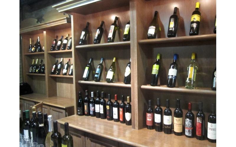 Spazio Vino selezione di bottiglie