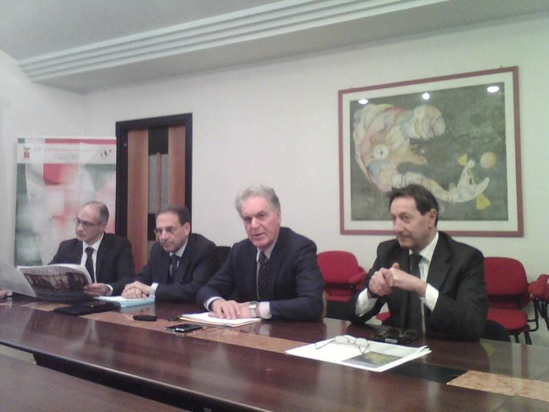 Il presidente della Provincia Piero Celani con l'assessore Pasqualino Piunti