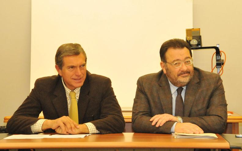 Da sinistra Luigi Viventi e Giandonato Morra, assessori ai Trasporti delle Marche e dell' Abruzzo