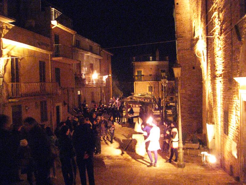 Piazza Castello di Monsampolo (2° Presepe Vivente)