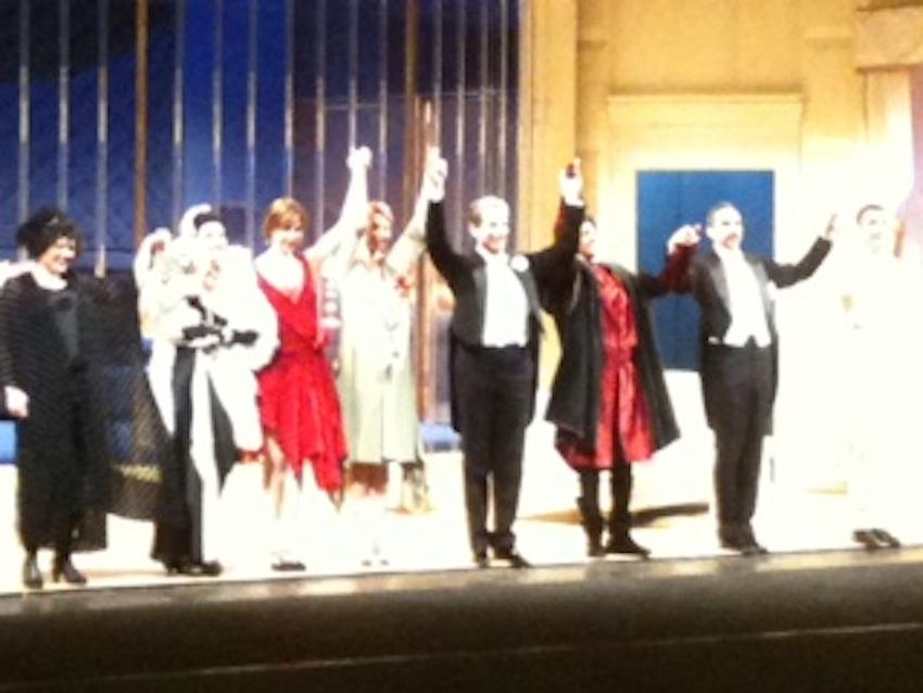La compagnia di Cercasi tenore, in scena il 18 e 19 gennaio al Ventidio Basso