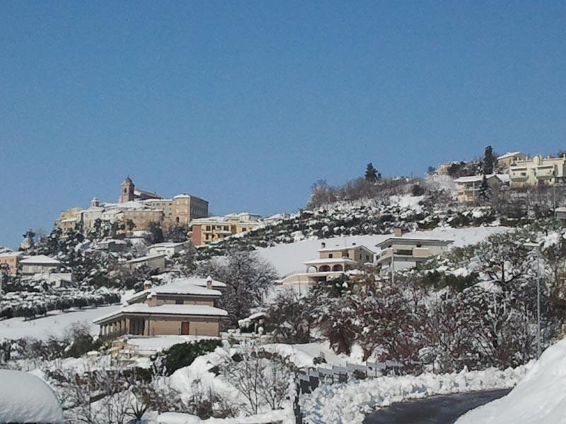Monteprandone vista dal convento dei Frati, 11 febbraio (pacifico malavolta)