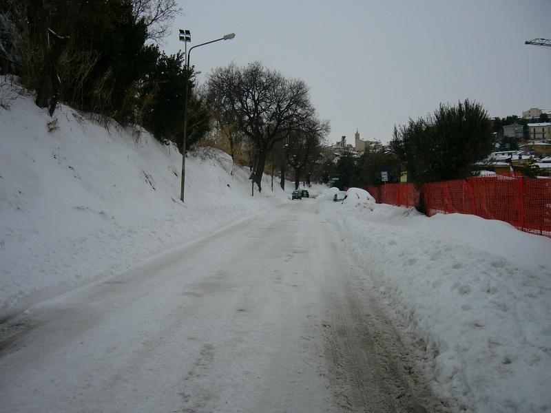 Neve, Acquaviva, 12 febbraio 2012 foto Vinicio Colletta 2