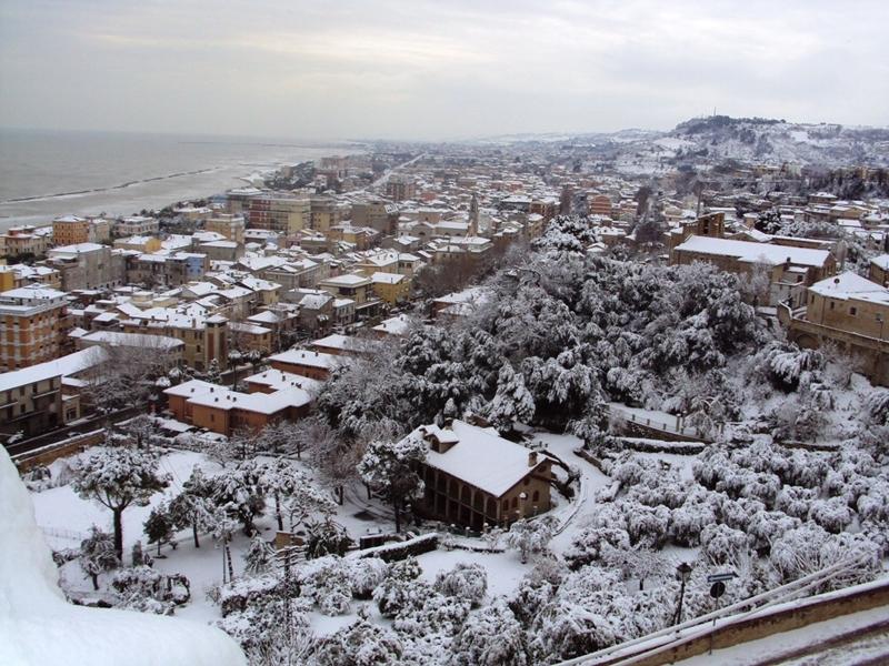 Neve a Grottammare, 10 febbraio 2012, foto di Daniele Lucci (2)