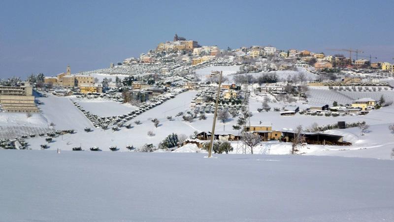 Neve a Monteprandone, 11 febbraio 2012, Graziano Traini (3)