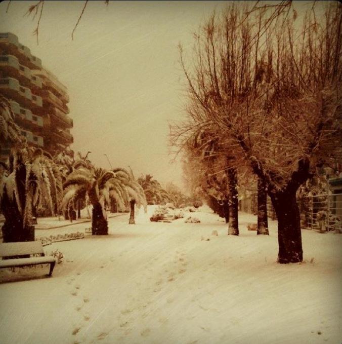 Neve a San Benedetto del Tronto, lungomare, 8 febbraio 2012, foto di Arianna Grassi