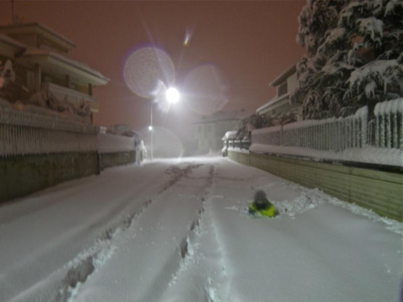 Neve ad Acquaviva Picena, 10 febbraio 2012, Lorenzo Oddi (1)