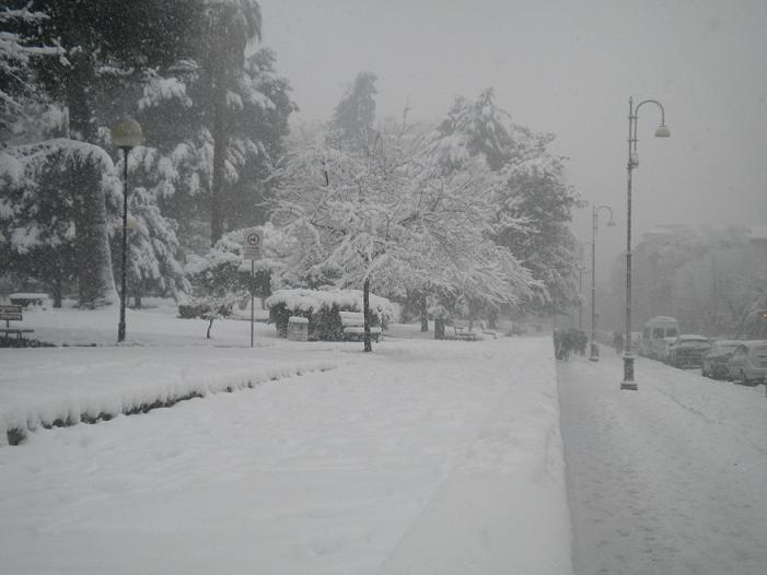 Neve ascoli - c.so vittorio emanuele