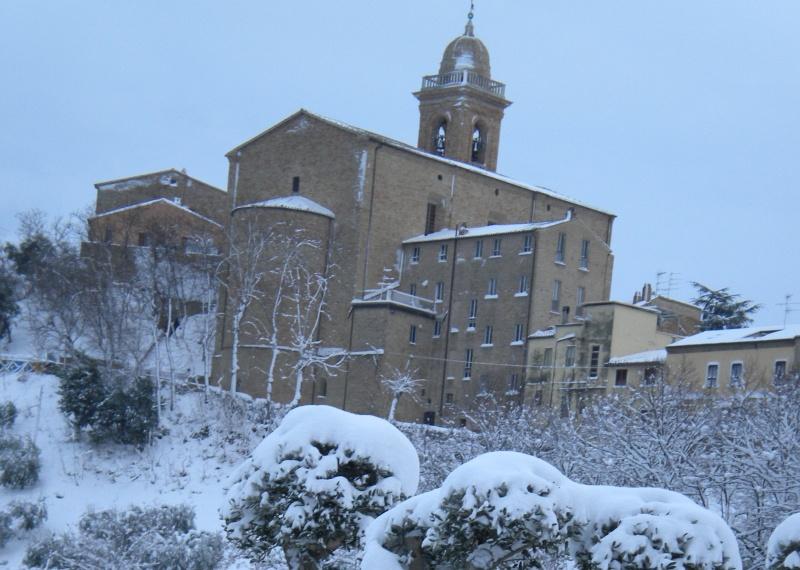 Neve e Monsampolo del Tronto, febbraio 2012