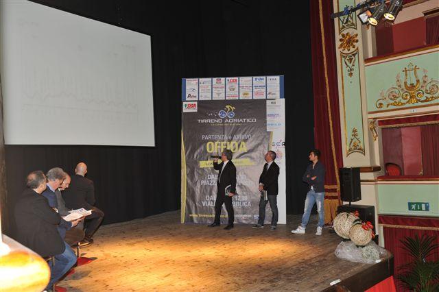 Tirreno-Adriatico, presentazione ad Offida 1