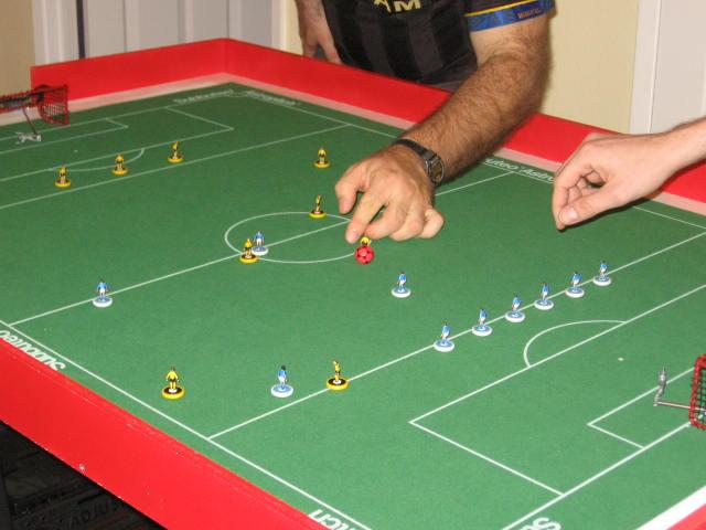 Il calcio da tavolo Subbuteo