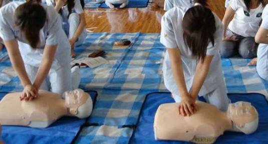 Corso di primo soccorso (immagine dal web)