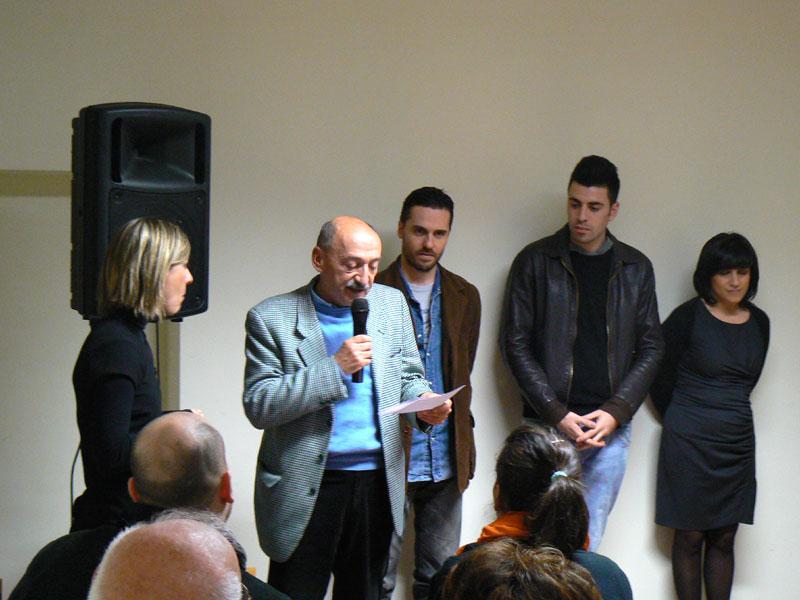Alessandro Maccelli riceve il premio Frammenti