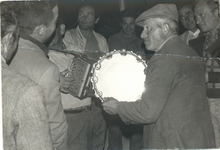 Anni '60, Albero di maggio a Porchia 2