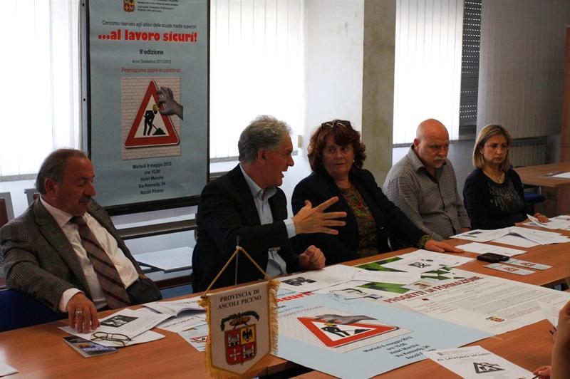Il presidente Celani e l'assessore Petrucci presentano i progetti della Provincia