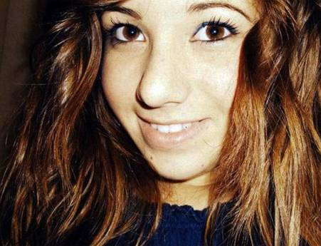 Melissa Bassi, la giovane brindisina morta nell'attentato (foto FB)