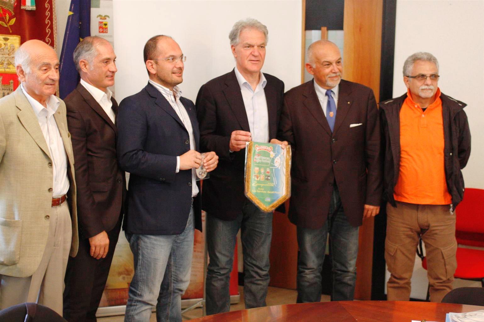 Sabbatucci, Olivieri, Castelli, Celani, Buonfigli per l'organizzazione del festival del rugby ad Ascoli