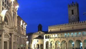 Offida, Piazza del Popolo